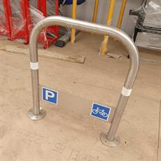 Stainless steel cycle stand with plate