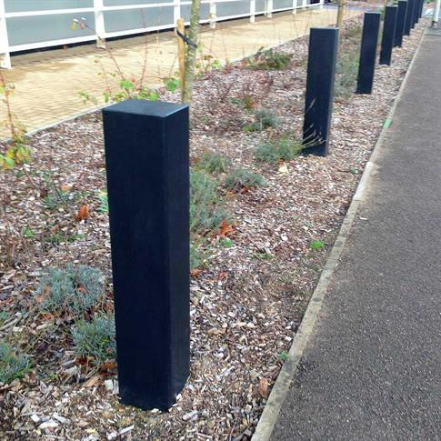 Square steel bollard - Root fix product gallery image