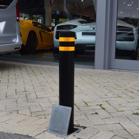 Standard Round Telescopic Bollard product gallery image